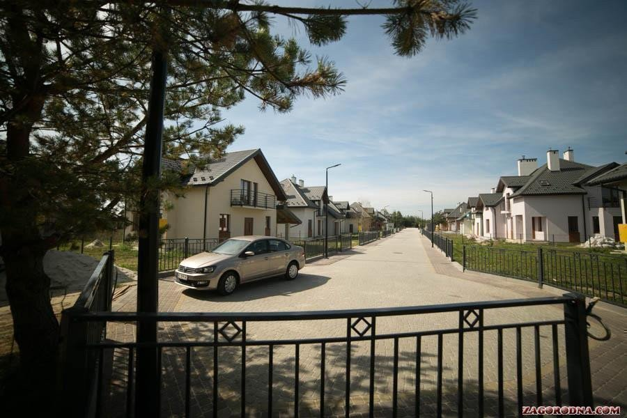 Buy a cottage town Praud Hills cottage town