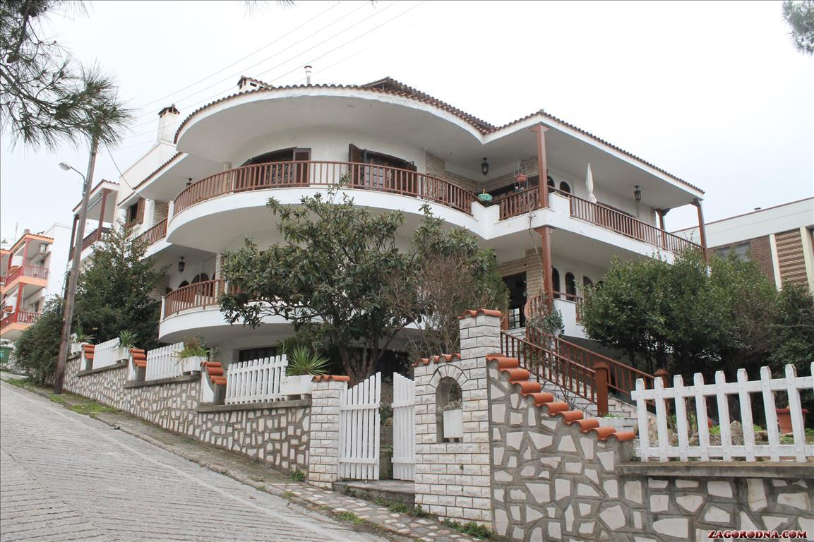 Sale property abroad Cottages and Villas in Thessaloniki