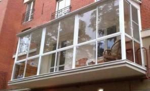 Як розширити кімнату за рахунок балкона