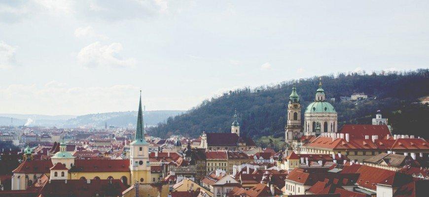 Чехія екстрено видасть українцям 1 500 робочих віз