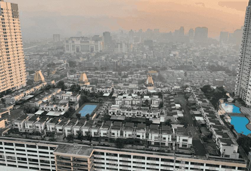 Фото: котеджне містечко розташоване на 11 поверсі ТЦ