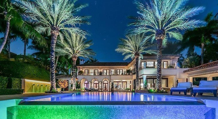 Дженніфер Лопес і її наречений купили будинок в Майамі картинка