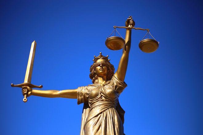 Минюст не хочет отменять незаконные регистрационные действия нотариусов картинка