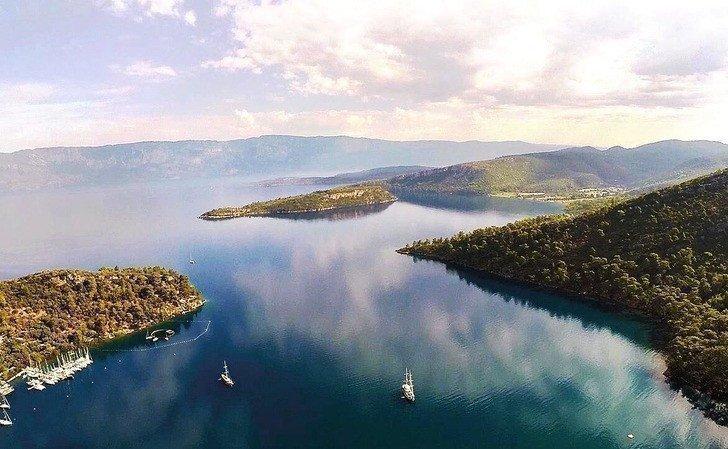 Два турецьких острова в Егейському морі виставлені на продаж