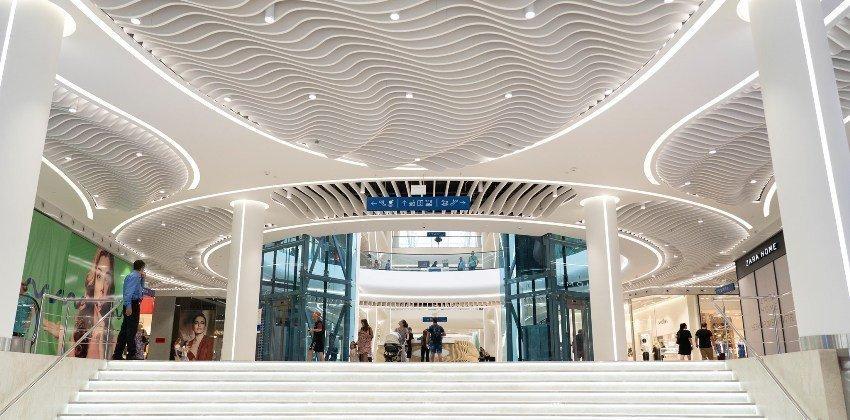 Фото: у Києві відкрили ТРЦ River Mall
