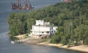 Киев будет судиться за землю на Трухановом острове картинка