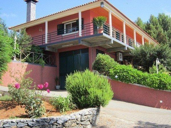 Продам недвижимость за рубежом Элитный дом с видом на океан на о. Мадейра