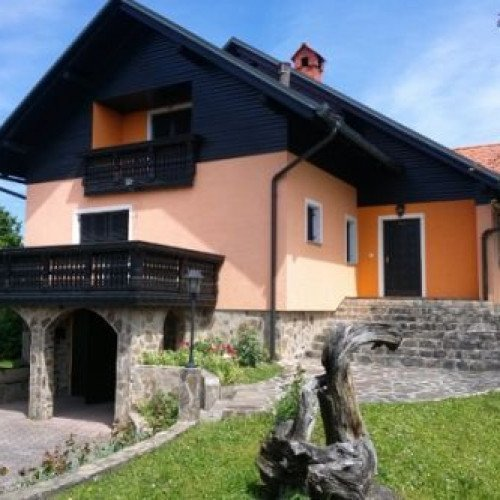 Photo: Sale of cottage in Slovenia