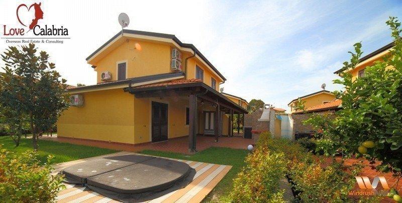 Sale property abroad Portoada Park