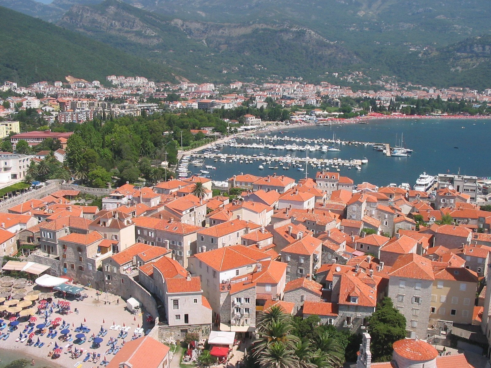Sale property abroad Apartment in Budva