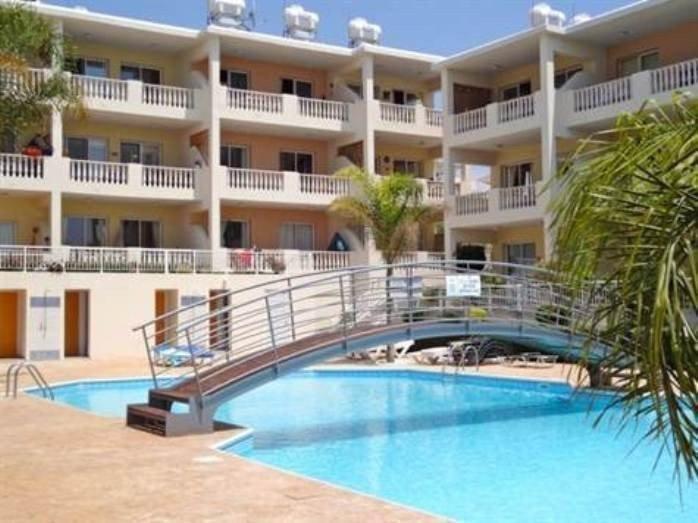 Продам недвижимость за рубежом Двуспальный Апартамент в Пафосе