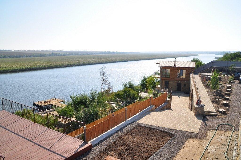 Фото: Продам виллу в городе Садово. Объявление № 3469