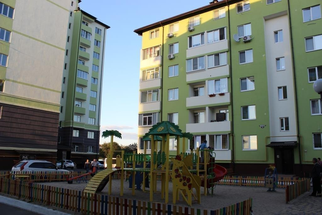 Фото: Продам квартиру в городе Новые Петровцы. Объявление № 5552