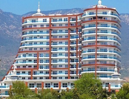 Sale property abroad Apartments on the beachfront in Alanya
