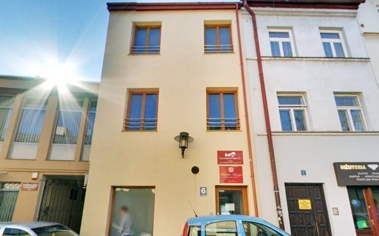 Buy property abroad Premises for rent in Krakow