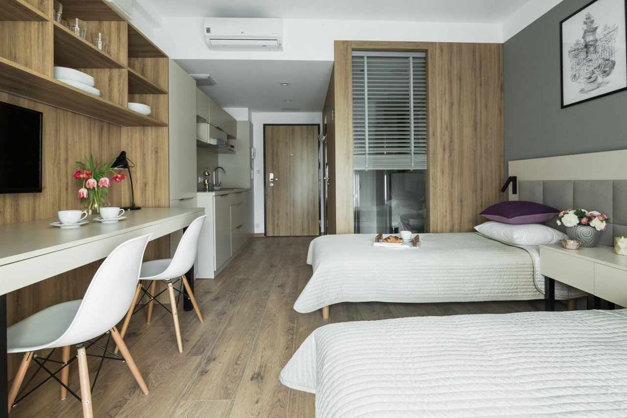Продам нерухомість за кордоном Преміум апартаменти в Варшаві в районі Воля