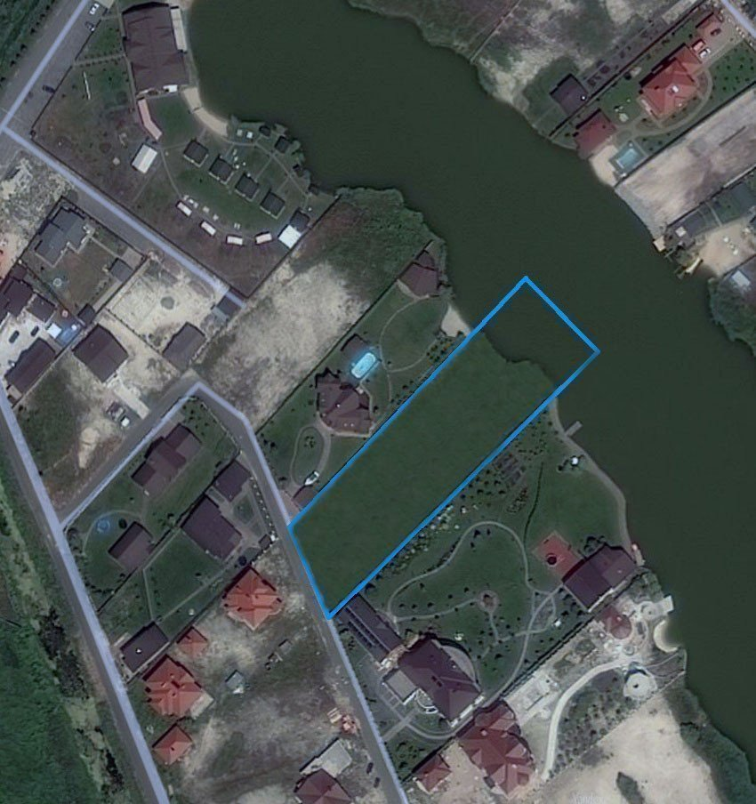 Фото: Продам земельный участок в городе Новые Безрадичи. Объявление № 5455