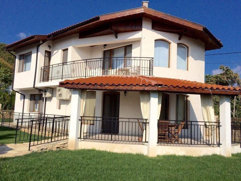 Продам недвижимость за рубежом Вилла в Балчике