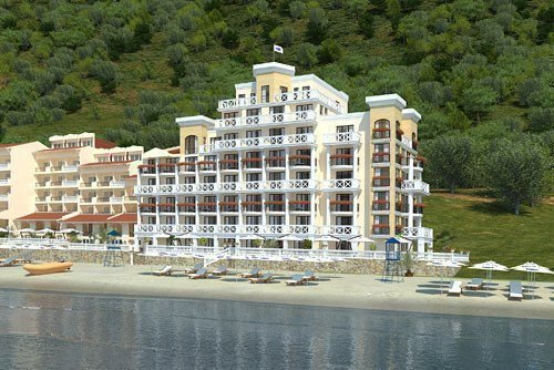 Sale property abroad Royal Marina Elenite