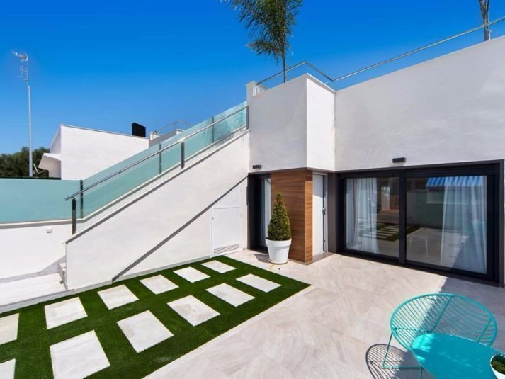 Sale property abroad Villa in Spain