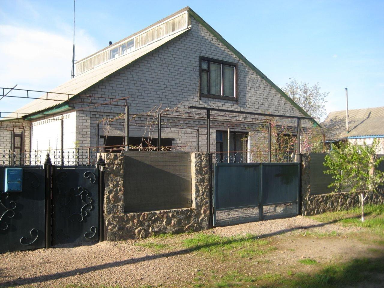 Фото: Продам будинок в місті Світлогірське. Оголошення № 6043