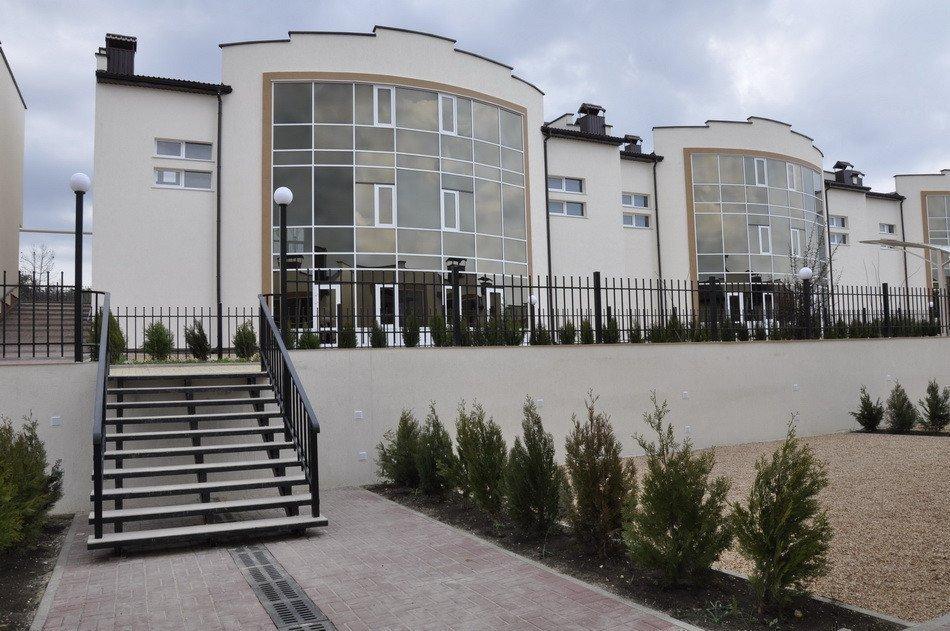 Продам таунхаус в городе Севастополь. Объявление № 3661
