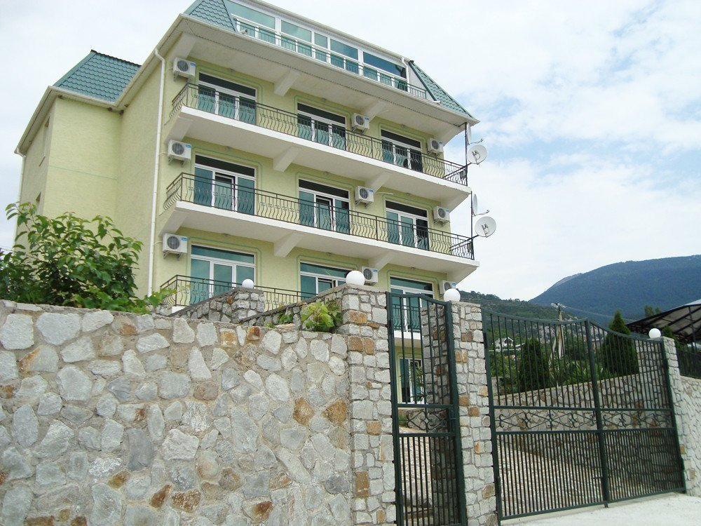 Photo: Sale home in Yalta. Announcement № 3668
