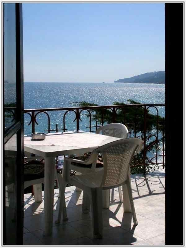 Photo: Renting home in Yalta. Announcement № 3669