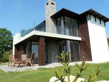 Продам нерухомість за кордоном Албена Хіллс