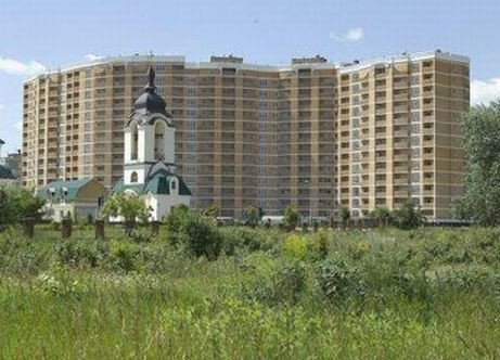 Buy an apartment in a new building New building on the machine builders in Vychneve
