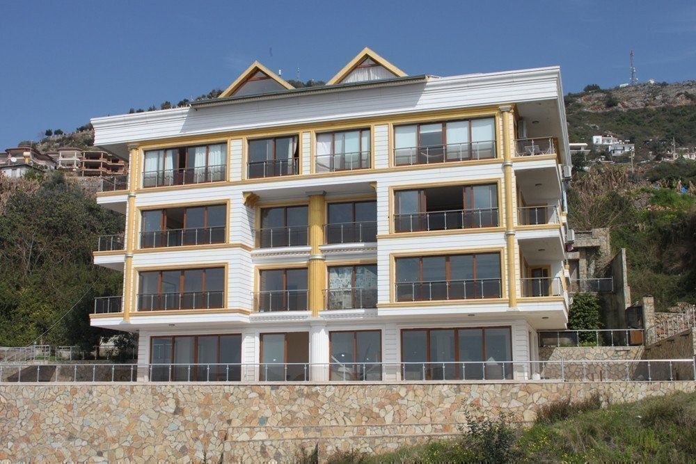 Sale property abroad Luxury apartments with panoramic views in the center of Alanya