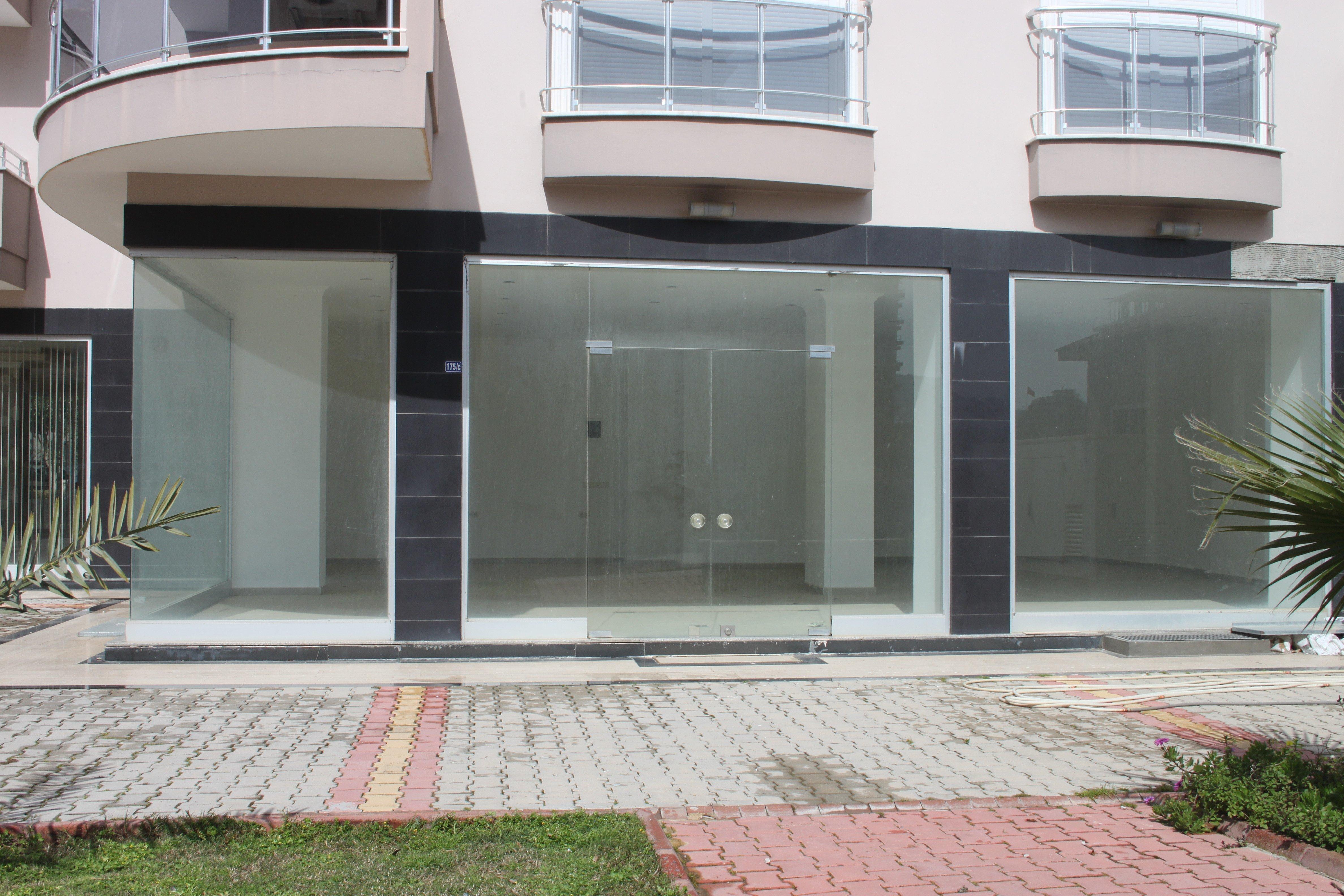 Продам недвижимость за рубежом Продажа помещения под магазин в центре Махмутлара