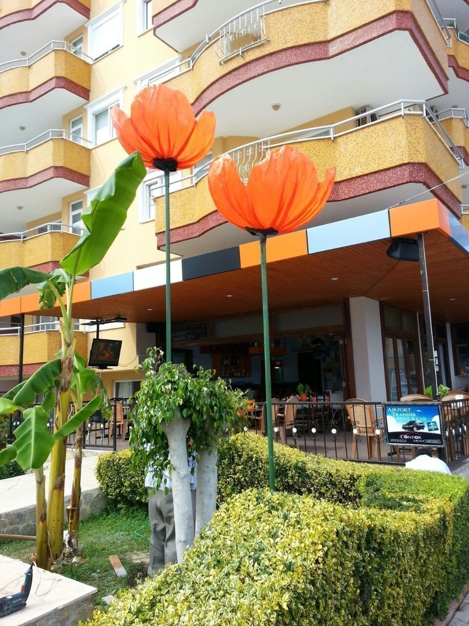 Sale property abroad Sale of restaurant with a guaranteed income in Alanya