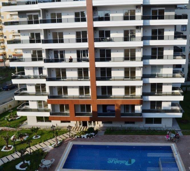 Sale property abroad Wide range of apartments near the sea in Mahmutlar
